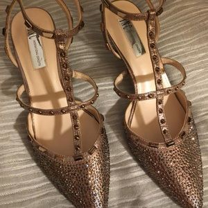 INC International Concepts Shoes - Inc. size 8.5 gold heels